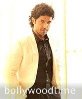 farhan-akhtar-and-sonam-kapoor-photoshoot-for-brunch-magazine-02.jpg