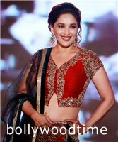 Madhuri-Dixit-flashes-dollar-smile.jpg