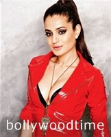 Amisha Patel Hot Stills No watermark (3).jpg