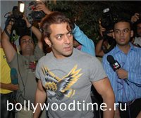 salman-just-minutes-after-the-fight-with-shah-rukh.jpg