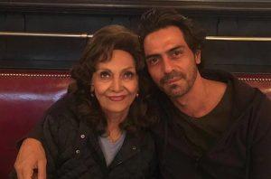 Арджун Рампал с мамой Гвен