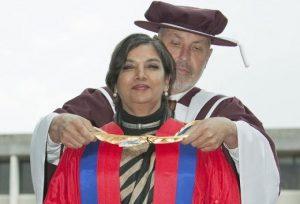Шабана Азми почетная степень
