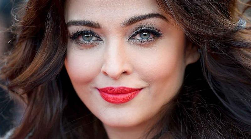 Индийские знаменитости с необычным цветом глаз