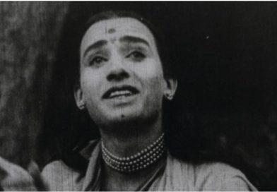 Первой героиней индийского кино был мужчина