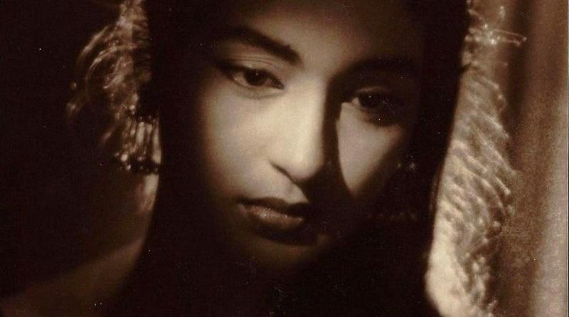 Мониш Бахл вспоминает свою маму, легендарную актрису Нутан