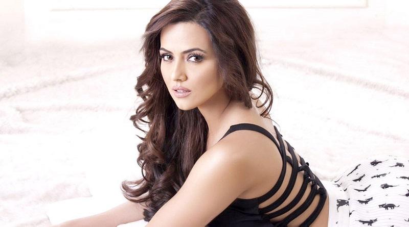 Индийская актриса Сана Кхан